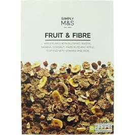 Marks & Spencer Pšeničné lupínky s přidanými pšeničnými otrubami se sušeným ovocem a ořechy