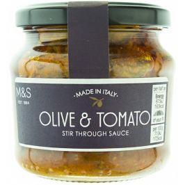 Marks & Spencer Rajčatová omáčka s olivami a extra panenským olivovým olejem
