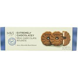 Marks & Spencer Sušenky s mléčnou čokoládou
