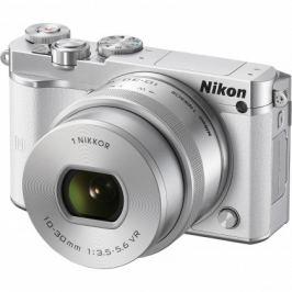 Nikon 1 J5 + 10-30mm white