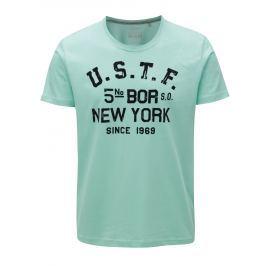Světle zelené pánské regular fit tričko se sametovým potiskem s.Oliver